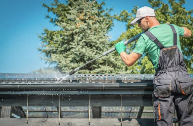 pressure wash roof